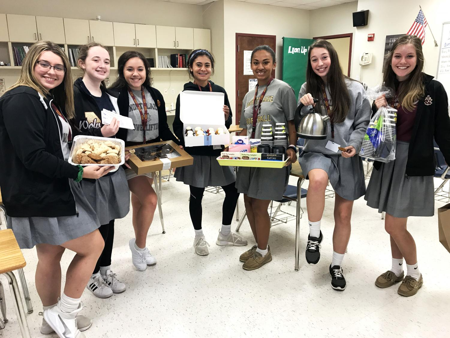One sophomore girls Advisory Group baked treats and brought tea selections to faculty and teachers on campus as one service opportunity during Service Week. They are one of many groups who participated in Service Week through creative activities such as painting, cleaning, and more around campus.