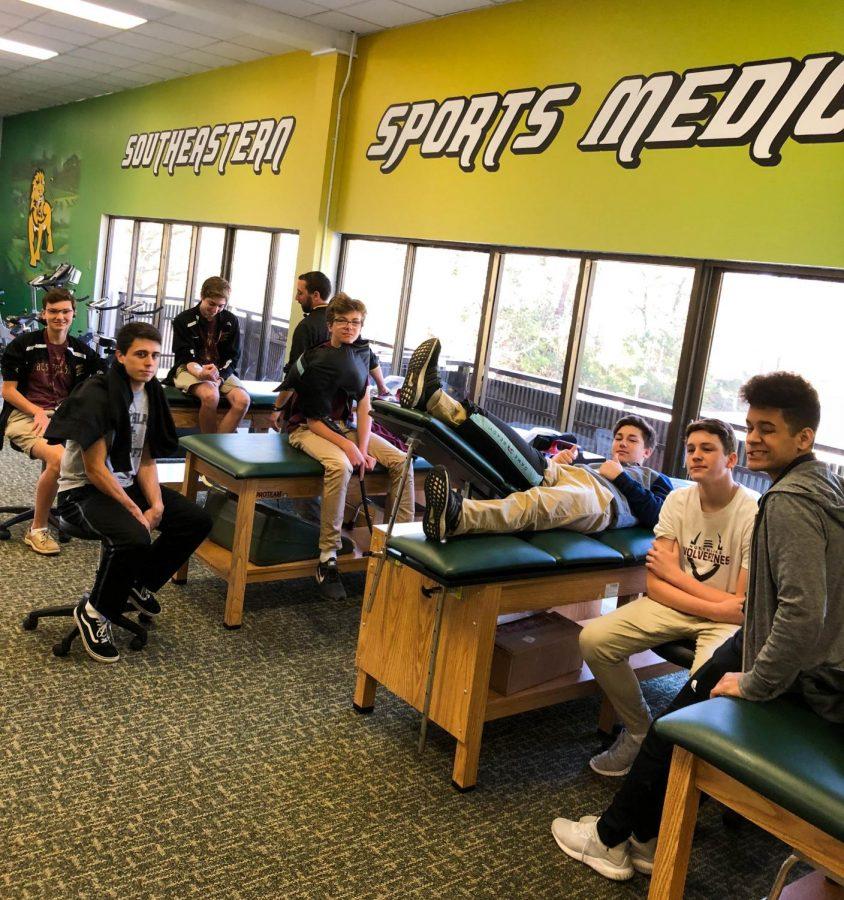 Sports Medicine class tours SLU
