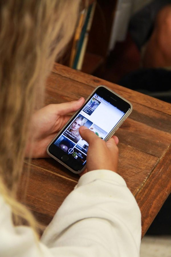 Snapchat is one of the most popular social media platforms among teenagers today. It offers an opportunity to connect with friends and stay updated with news.