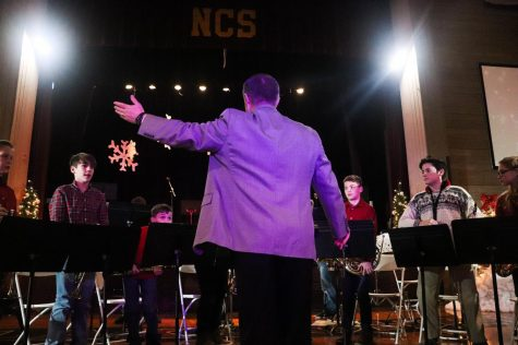 Christmas Chapel gives students platform to perform, honors